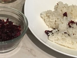 Cranberries en arroz blanco